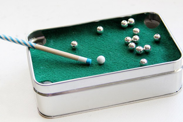 diy-gift-for-dad-mini-pool-table18