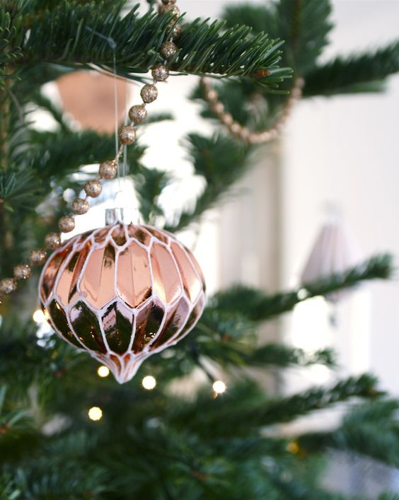 10-vintage-copper-xmas-ornaments