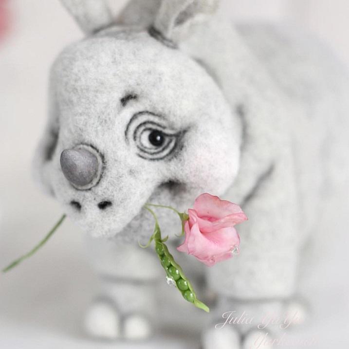9-vojlochnyj-nosorog