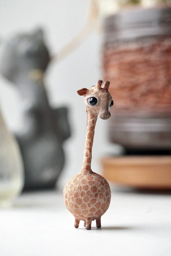 giraffe_by_da_bu_di_bu_da-dak9j17-58047d9e98ce3__700