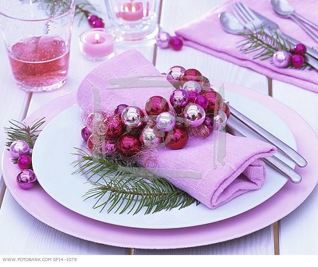 oformlenie-novogodnego-stola-23