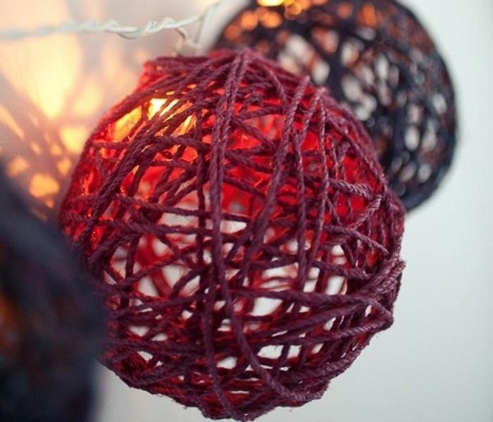 Новогодние гирлянды из шаров своими руками фото 29