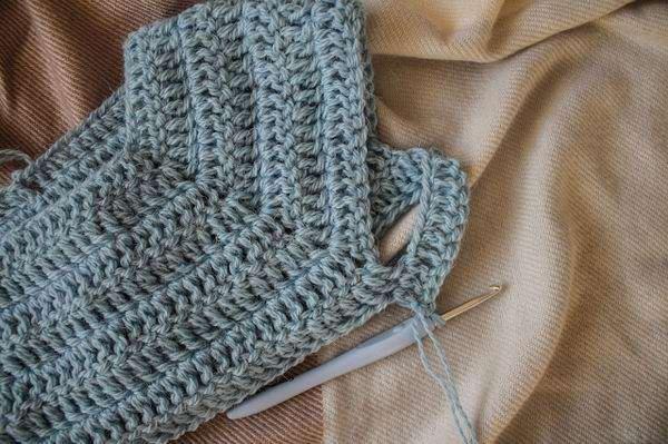 Как легко и быстро связать крючком свитер регланом сверху