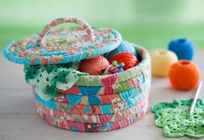pletenye-korzinki1 Плетеные корзинки из различных материалов своими руками
