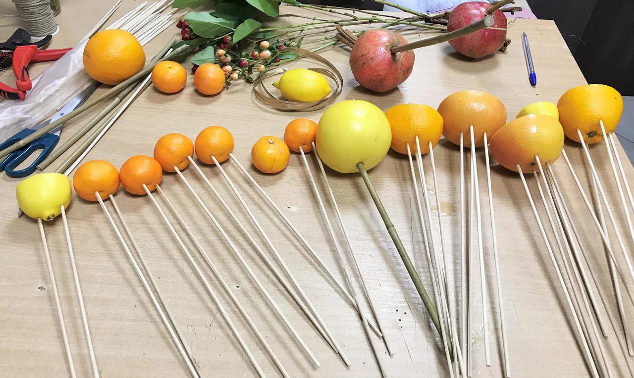 Пошаговый мк букет из фруктов: фото 2