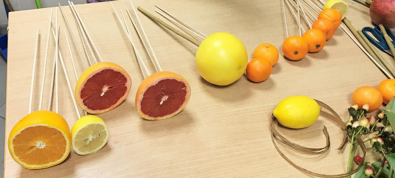 Пошаговый мк букет из фруктов: фото 3