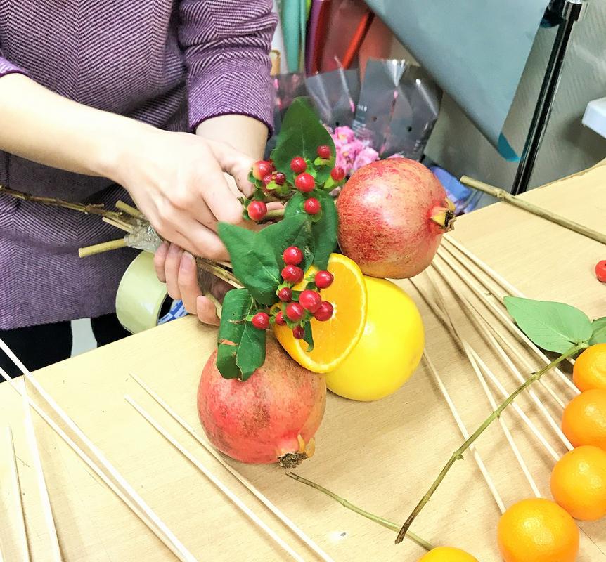 Пошаговый мк букет из фруктов: фото 5