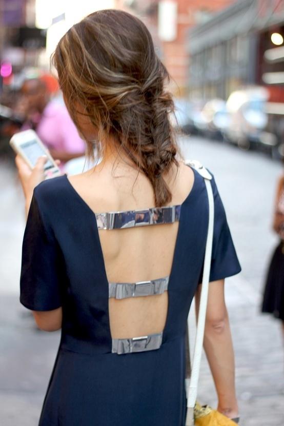 Фото девушек со спины в одежде