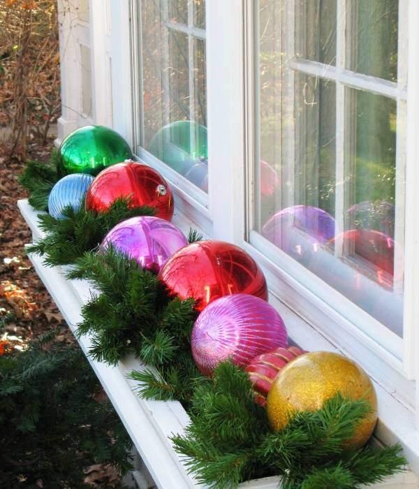 Как украсить окно своими руками - новогодний декор на фото