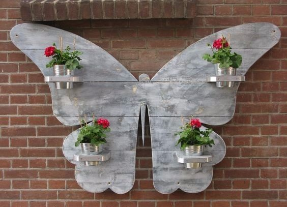 Пано в виде бабочки с цветами