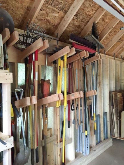 хранение садового инвентаря на даче