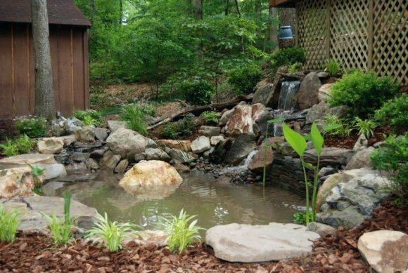 Дачный прудик с водопадом