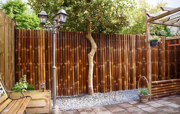 Дизайнерский частокол из бамбука